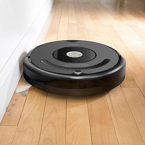 מגניב שואב אבק רובוטי מבית IROBOT איירובוט דגם Roomba 676 | שואבים HI-33